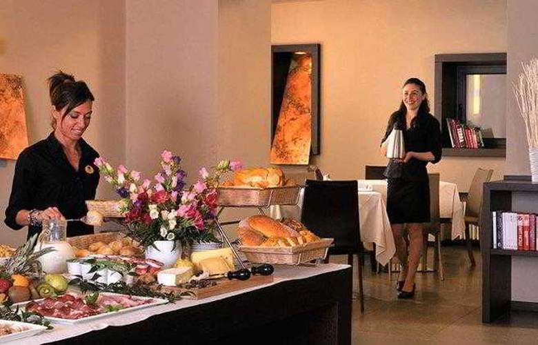 Best Western Metropoli - Hotel - 14