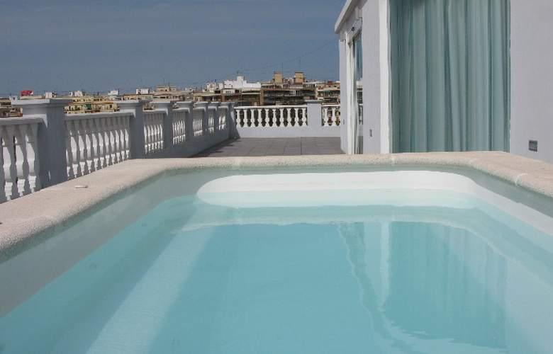 Del Carmen - Pool - 8
