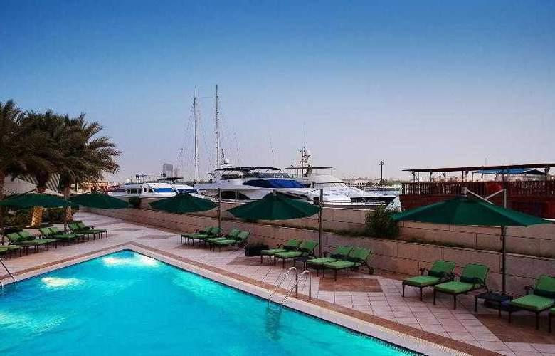 Sheraton Dubai Creek Hotel and Towers - Pool - 7