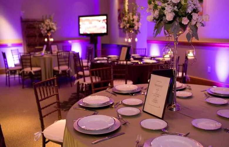 The Cypress Hotel - Restaurant - 0