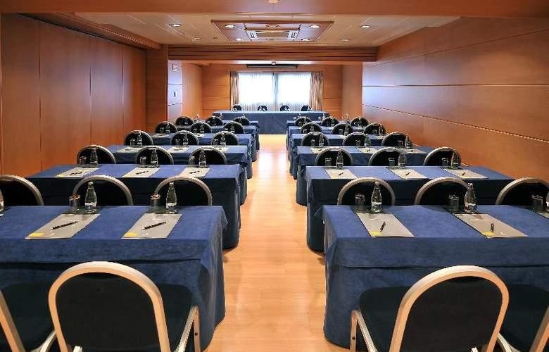 Barcelona Universal - Conference - 86
