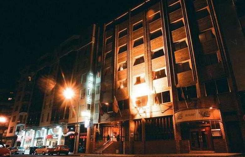 Sansi Park - Hotel - 0