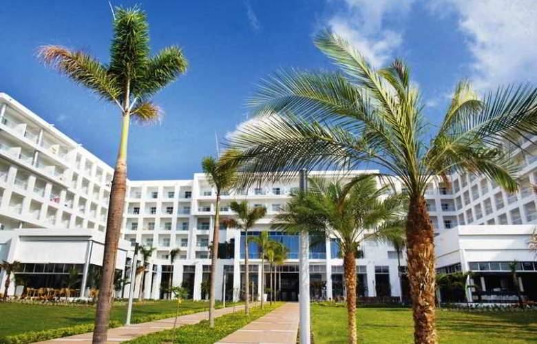 Riu Playa Blanca - Hotel - 2