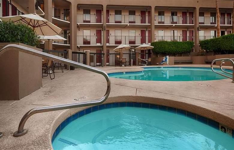 Best Western Phoenix I-17 Metrocenter Inn - Sport - 25