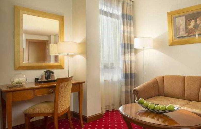 Best Western Premier Astoria - Hotel - 35