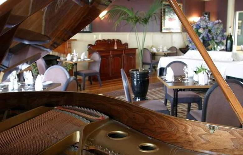 Princes Gate Hotel - Restaurant - 6