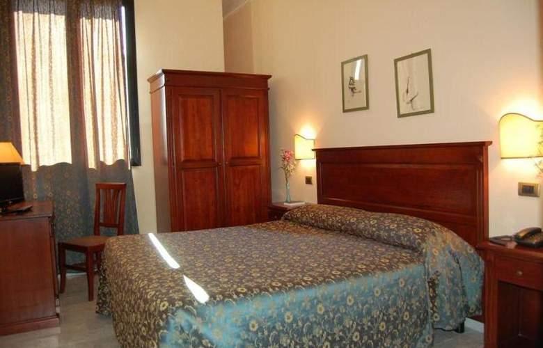 Astor - Room - 7