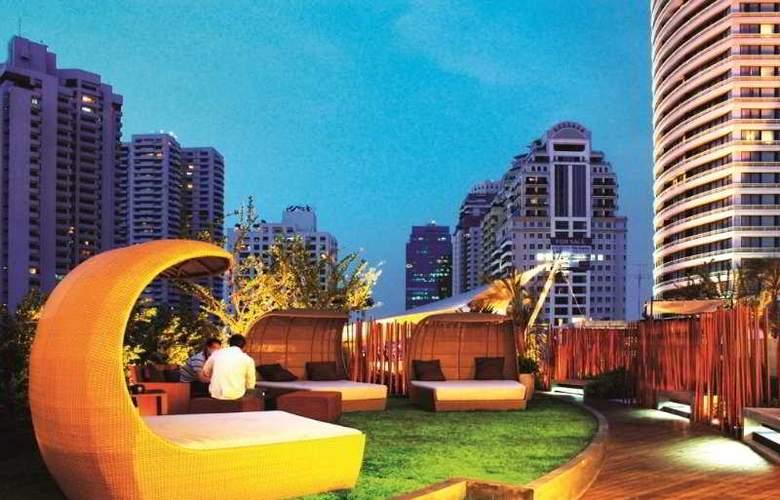 Le Fenix Sukhumvit Bangkok by Compass Hospitality - Terrace - 12