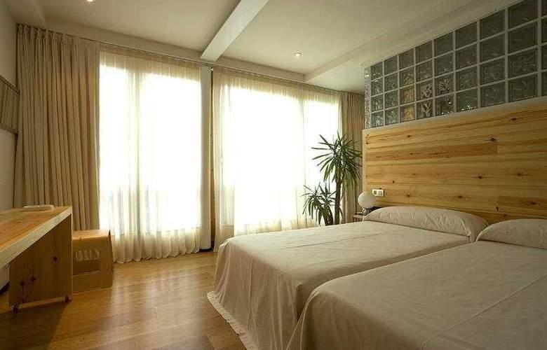 La Plaza II - Room - 2