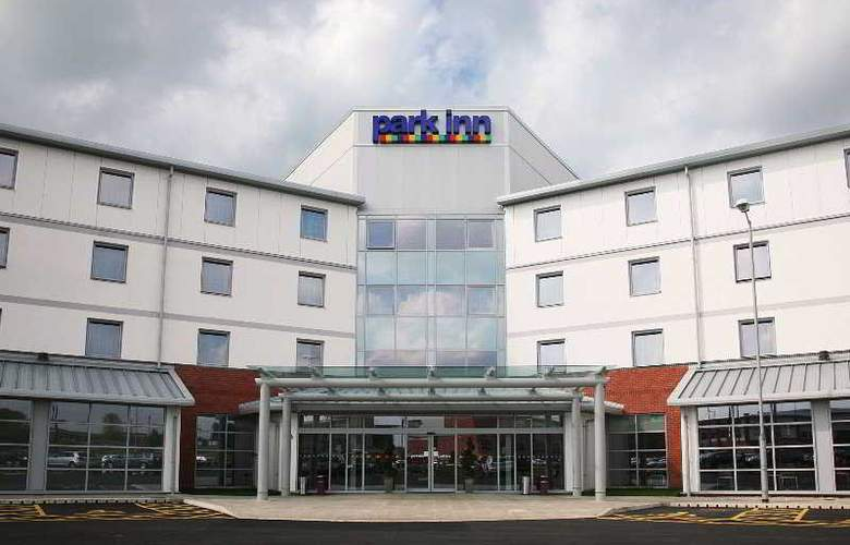 Park Inn Leigh (Leigh Sports Village Hotel) - Hotel - 0