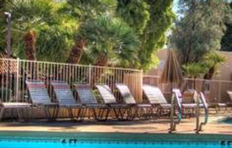 Dobson Ranch Inn - Pool - 5