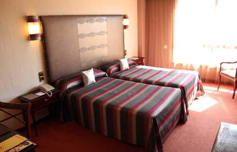 Ciudad de Vigo - Room - 8