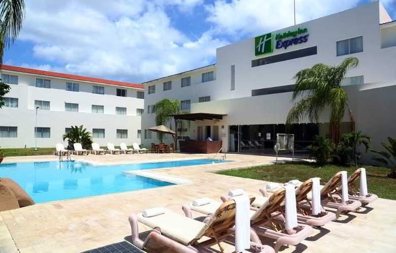 Holiday Inn Express Playacar - Pool - 28