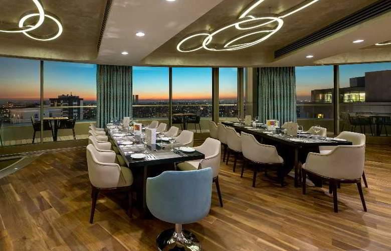Hilton Istanbul Kozyatagi - Restaurant - 41