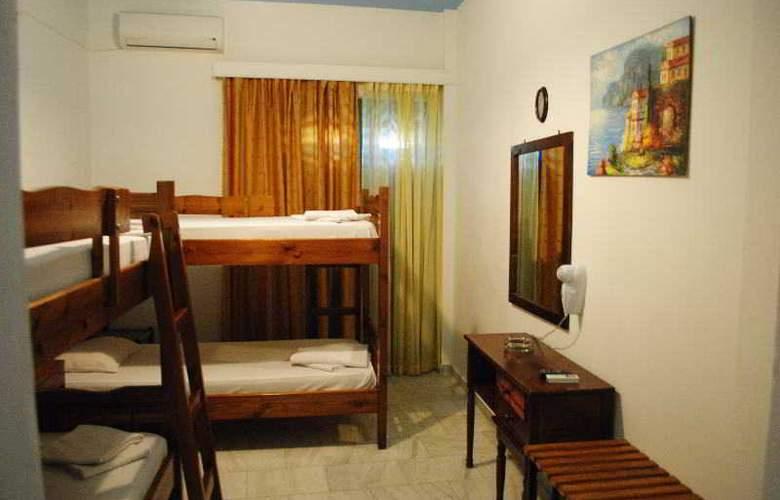 Santorini - Room - 8