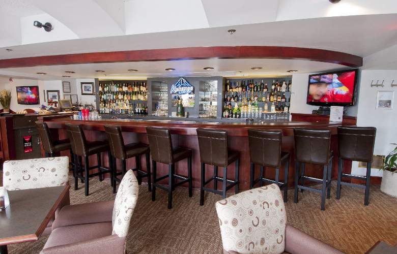 Quality Hotel Vancouver - Bar - 5