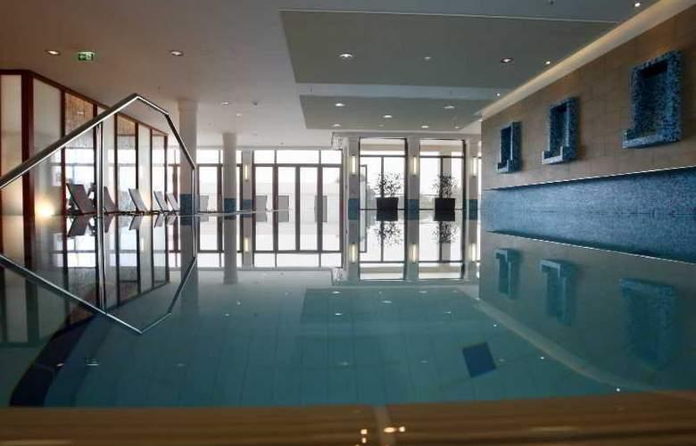 Atlantic Hotel Wilhelmshaven - Pool - 12