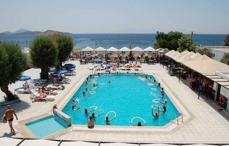 Petunya Beach Resort  - Pool - 3
