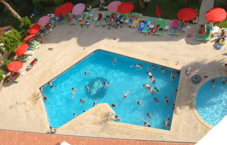 GRAND ATILLA HOTEL - Pool - 2