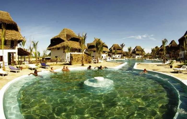 Jacaranda Villas Club - Pool - 23