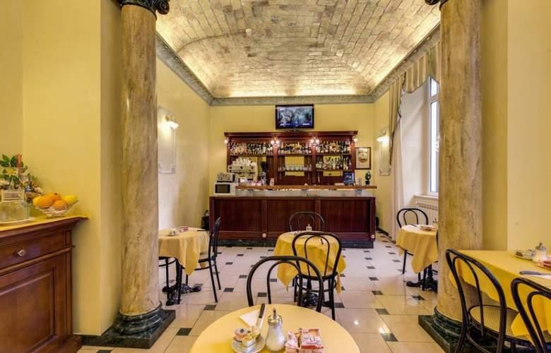 Cambridge - Restaurant - 43