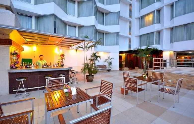 Centara Duangtawan Hotel Chiang Mai - Bar - 9