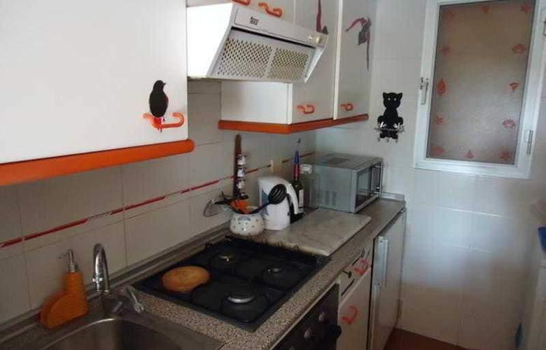 Tierra de Irta Apartamentos 3000 - Room - 5
