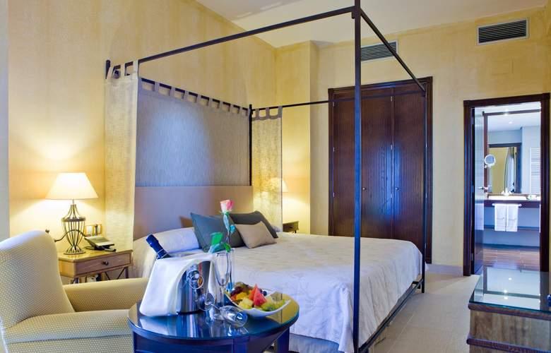 Intur Alcazar de San Juan - Room - 2