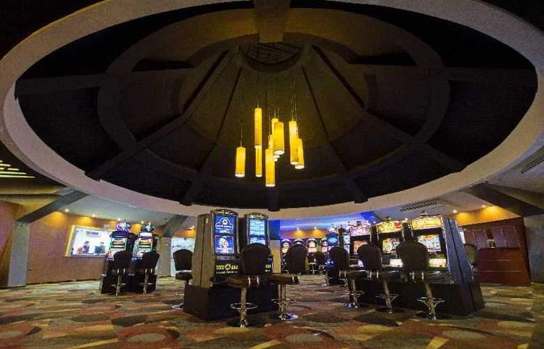 Hotel Casino Internacional - Sport - 18