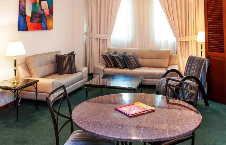 El Polo Apart Hotel & Suites - Room - 1