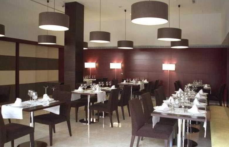 Zenit Borrell - Restaurant - 28