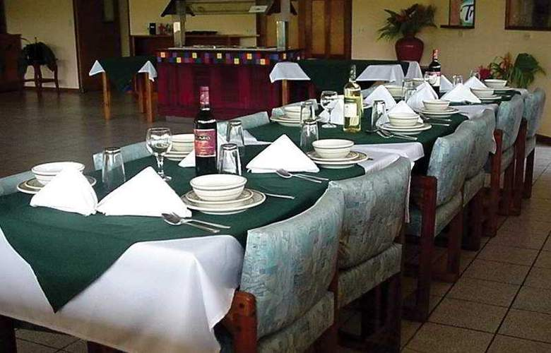 Arenal Vista Lodge - Restaurant - 7