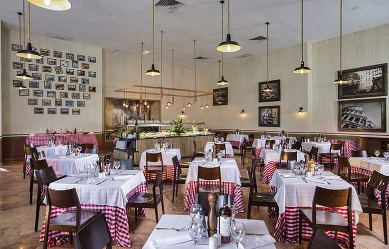 Grand Oasis Standard - Restaurant - 4