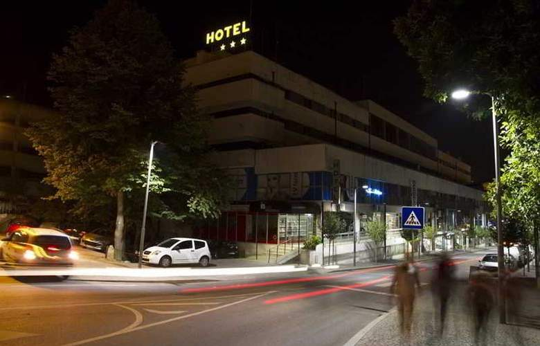 Navarras - Hotel - 0