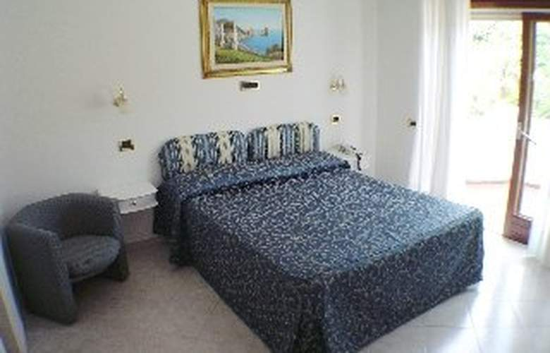 Bougainville - Room - 3