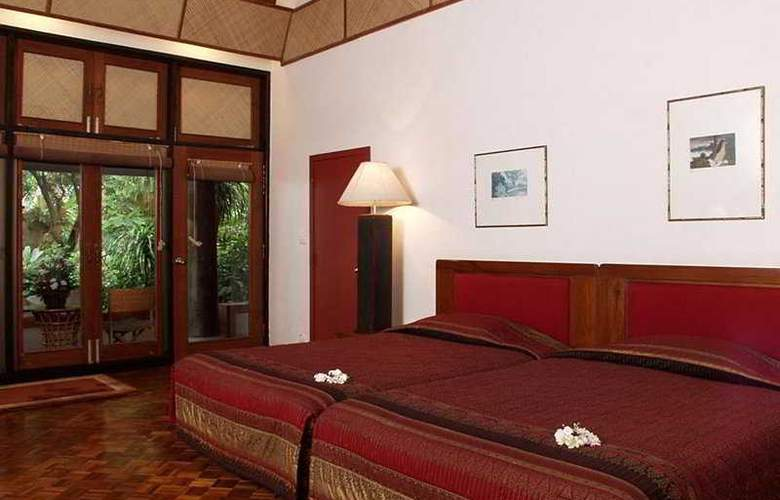 Mom Tri's Villa  Royale - Room - 3