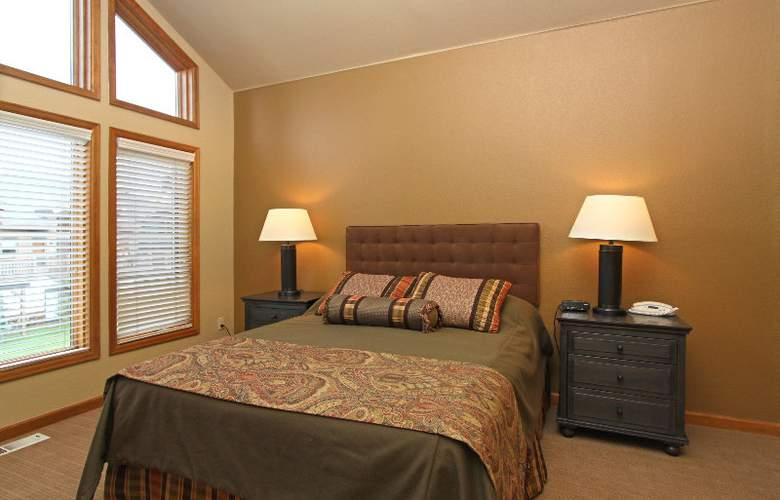 One Breckenridge Place Townhomes - Room - 8