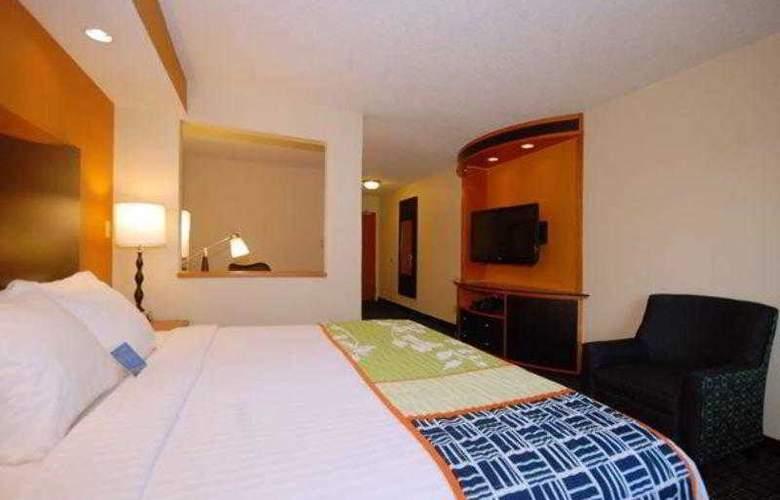 Fairfield Inn & Suites Canton - Hotel - 9