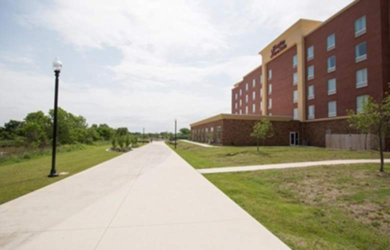 Hampton Inn and Suites Oklahoma City Airport - Hotel - 4