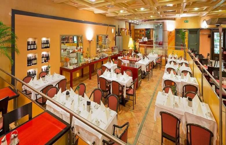 Vienna Sporthotel - Restaurant - 20