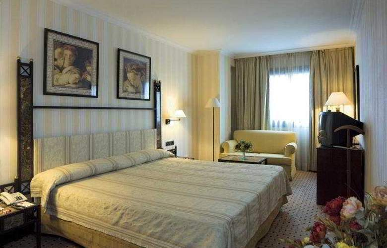Gran Vía - Room - 4