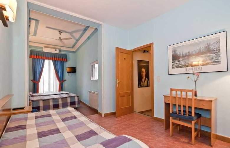 Oporto - Room - 12