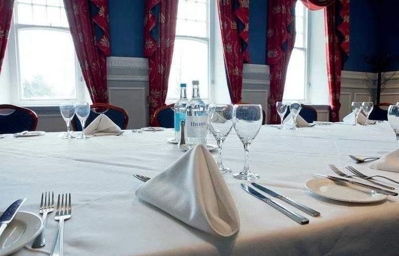 Best Western Chilworth Manor Hotel - Hotel - 11