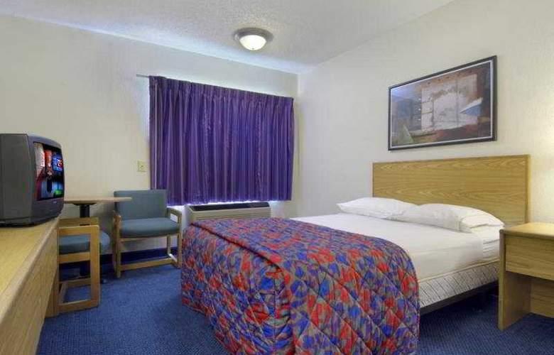 Red Roof Inn San Antonio West - Seaworld - Room - 5