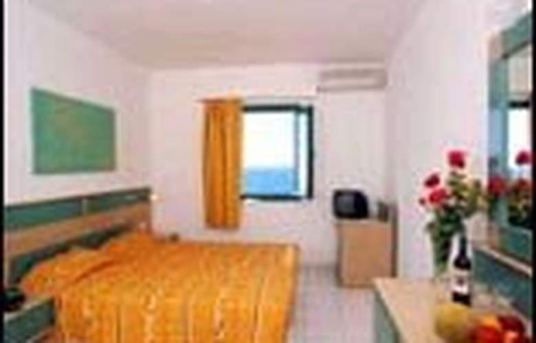 Sun Village - Room - 2