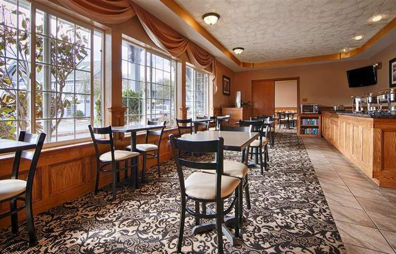 Best Western Plus Bayshore Inn - Restaurant - 33