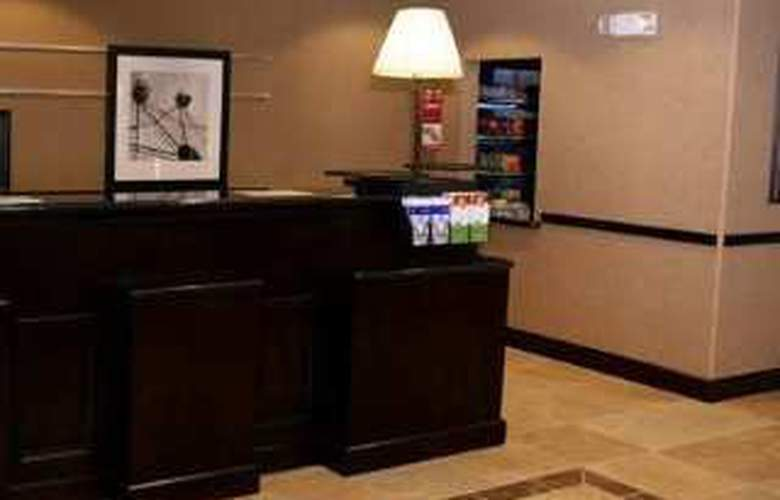 Hampton Inn & Suites Orlando-John Young Pkwy - Hotel - 0