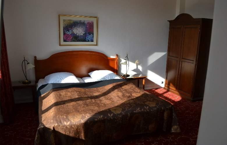 Hotel Windsor - Room - 5