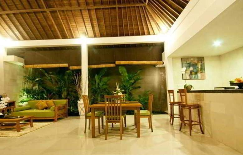 Sandi Agung Villa - Room - 8