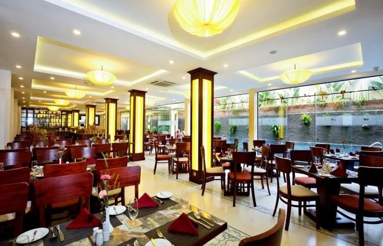 Hoi An Silk Boutique & Spa - Restaurant - 4
